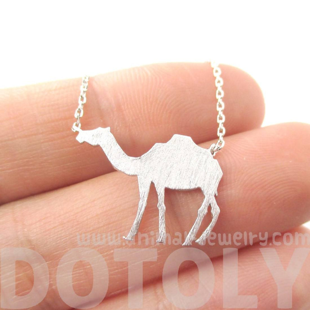 Cute Camel Silhouette Shaped Pendant Necklace in Silver