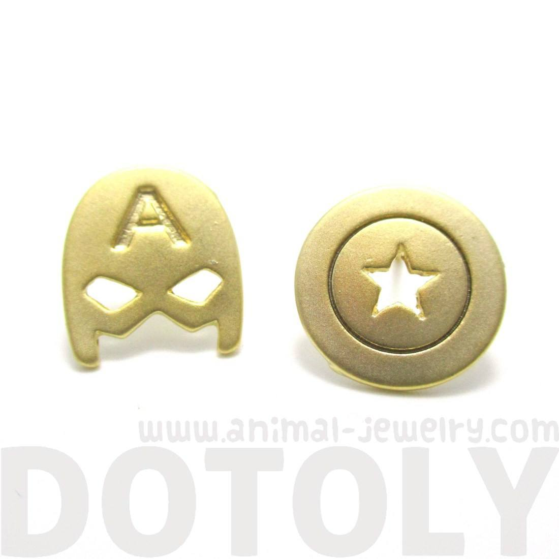 Captain America Mask and Shield Shaped Stud Earrings in Gold