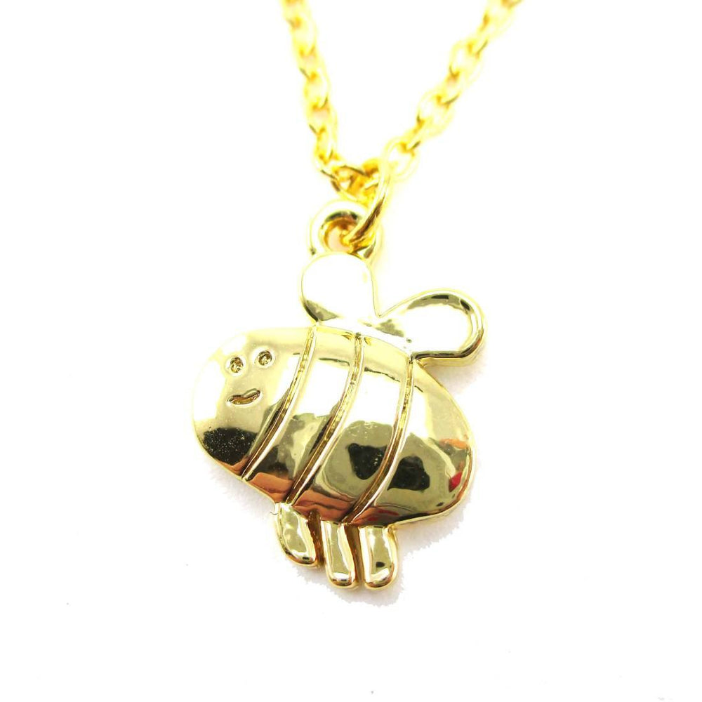 Cartoon Bumble Bee Shaped Pendant Necklace in Gold