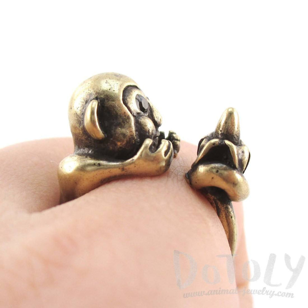 Chimpanzee Holding a Banana Animal Hug Ring in Brass | US Sizes 6 to 8