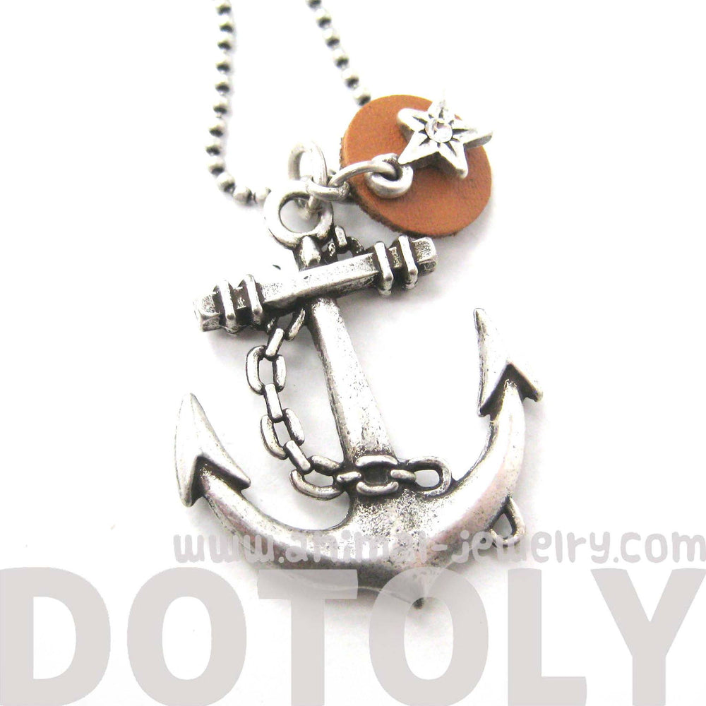 classic-anchor-shaped-nautical-themed-charm-necklace-in-silver-dotoly