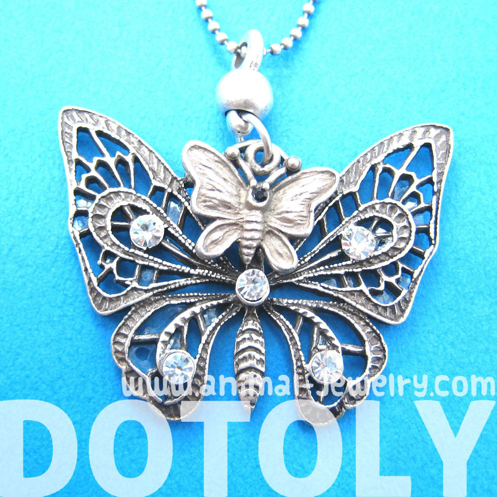 classic-butterfly-shaped-pendant-necklace-in-silver-with-rhinestones-dotoly