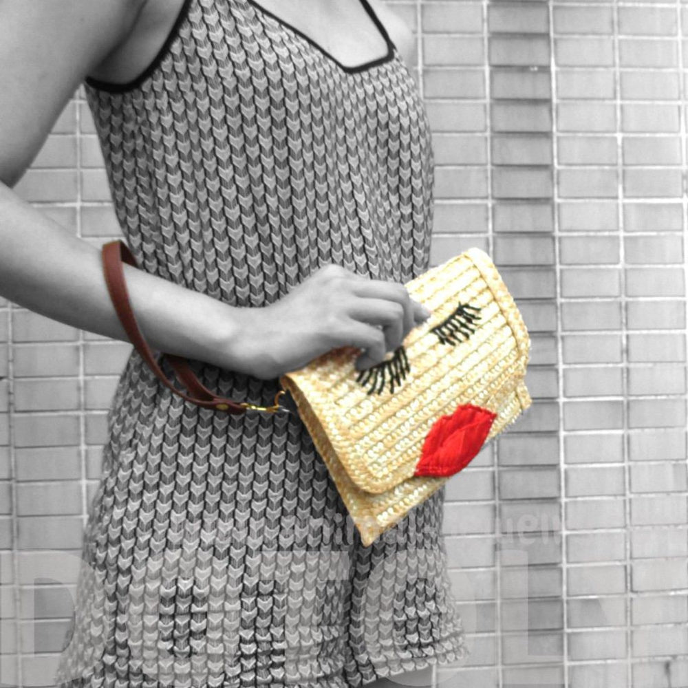 Classic Kissy Face and Red Lips Shaped Straw Woven Envelope Clutch Bag
