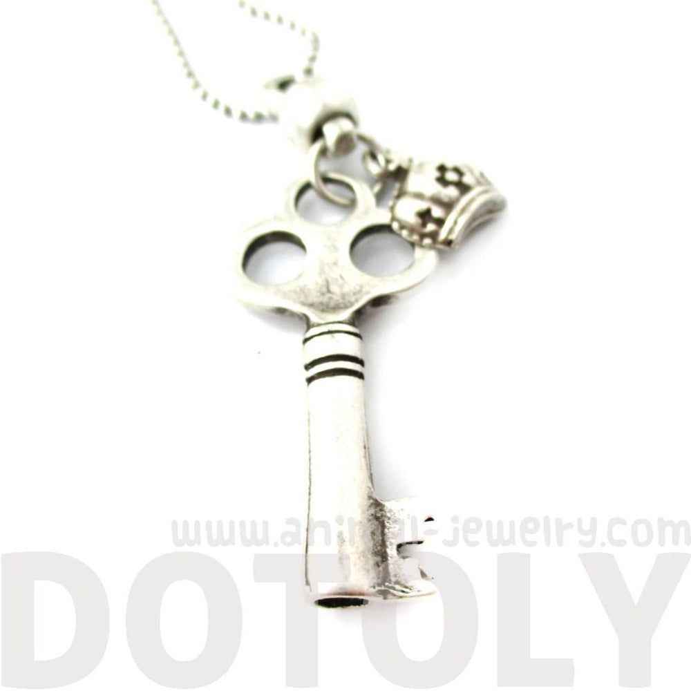 Classic Skeleton Clockwork Key Pendant Necklace in Silver | DOTOLY