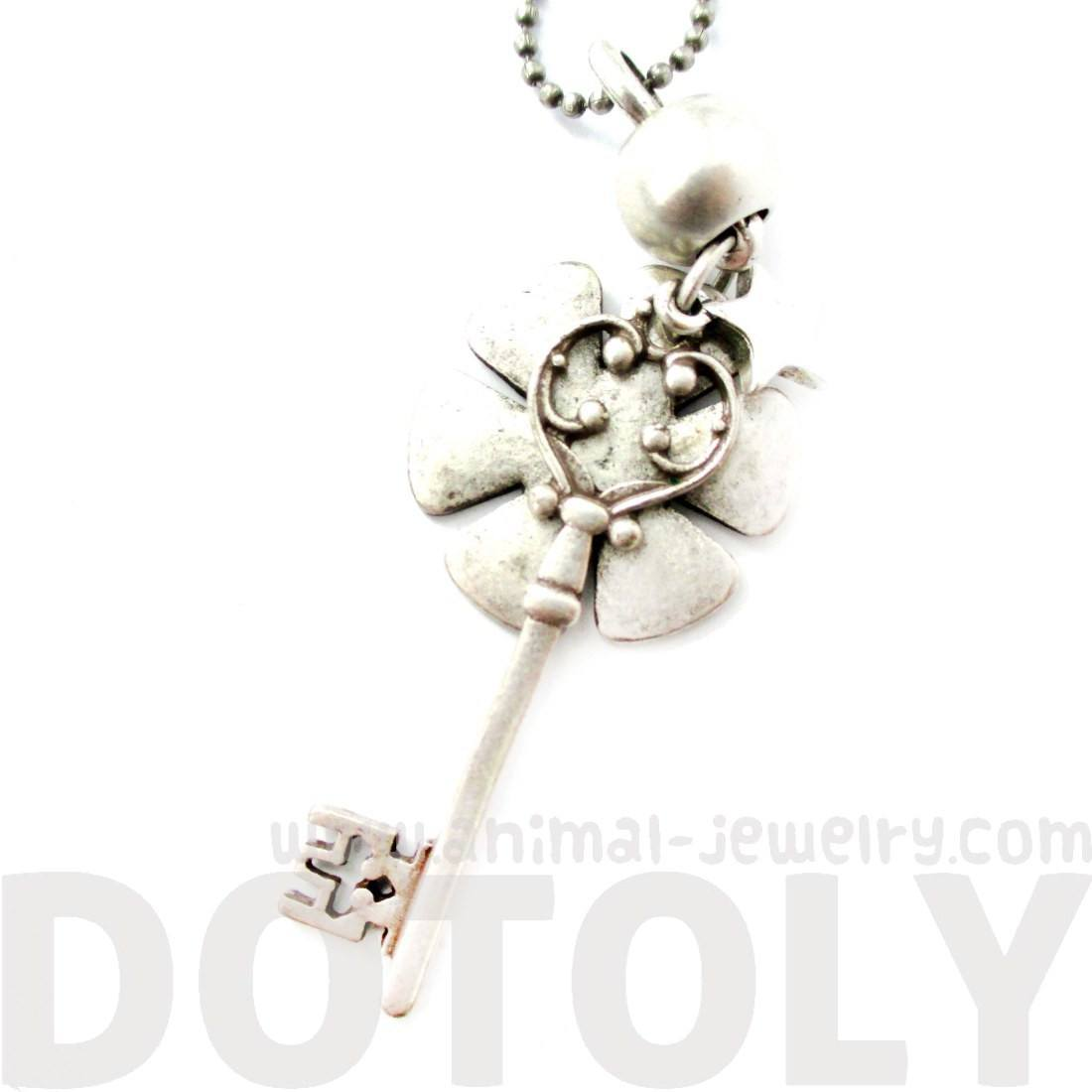 Classic Skeleton Key and Floral Pendant Star Charm Necklace in Silver