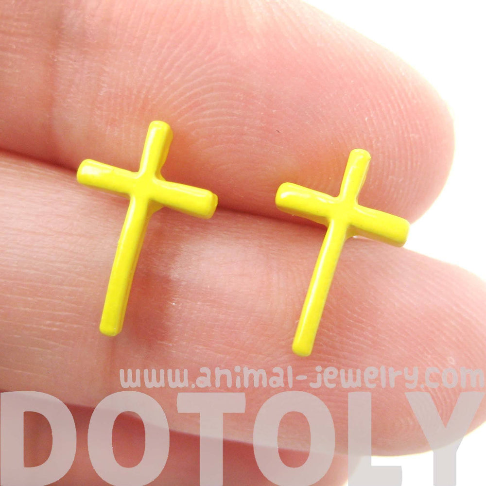 classic-small-cross-shaped-stud-earrings-in-yellow-enamel-dotoly