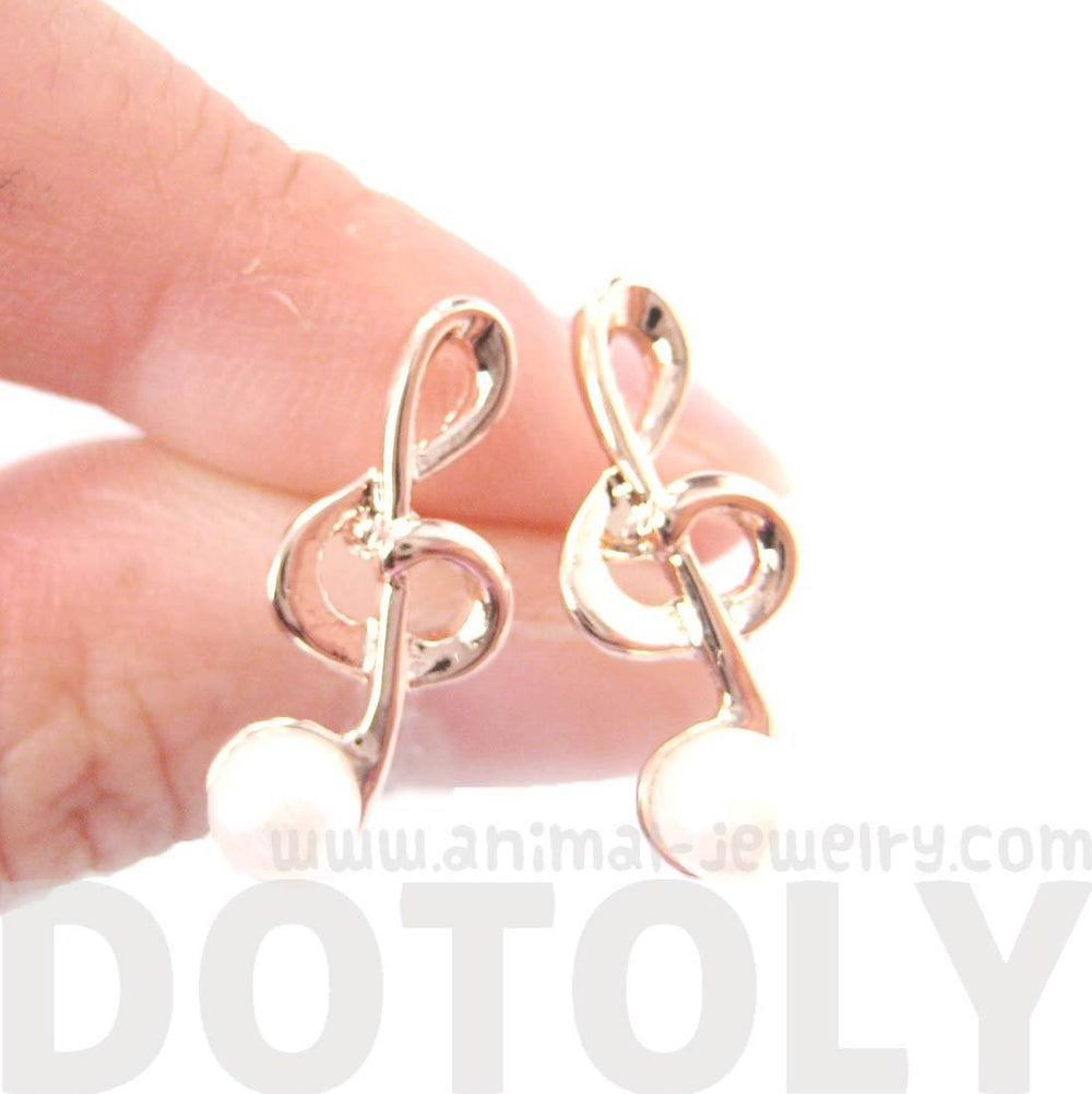 Treble Clef Music Note Shaped Stud Earrings in Gold with Pearl Detail