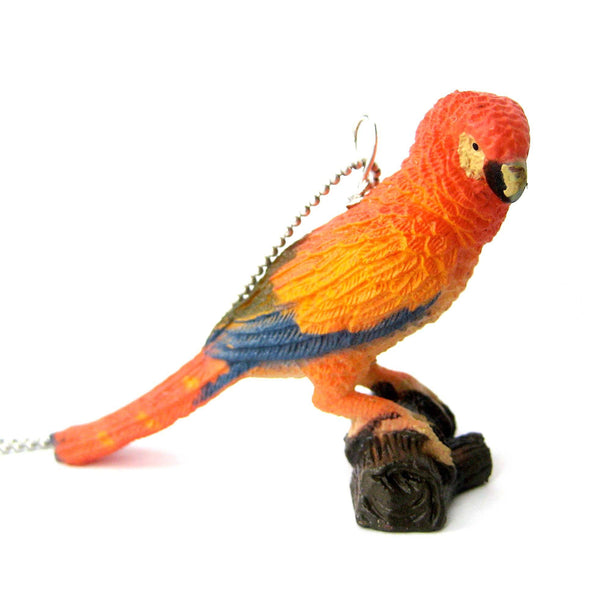 colorful-parrot-bird-shaped-animal-plastic-pendant-necklace-animal-jewelry