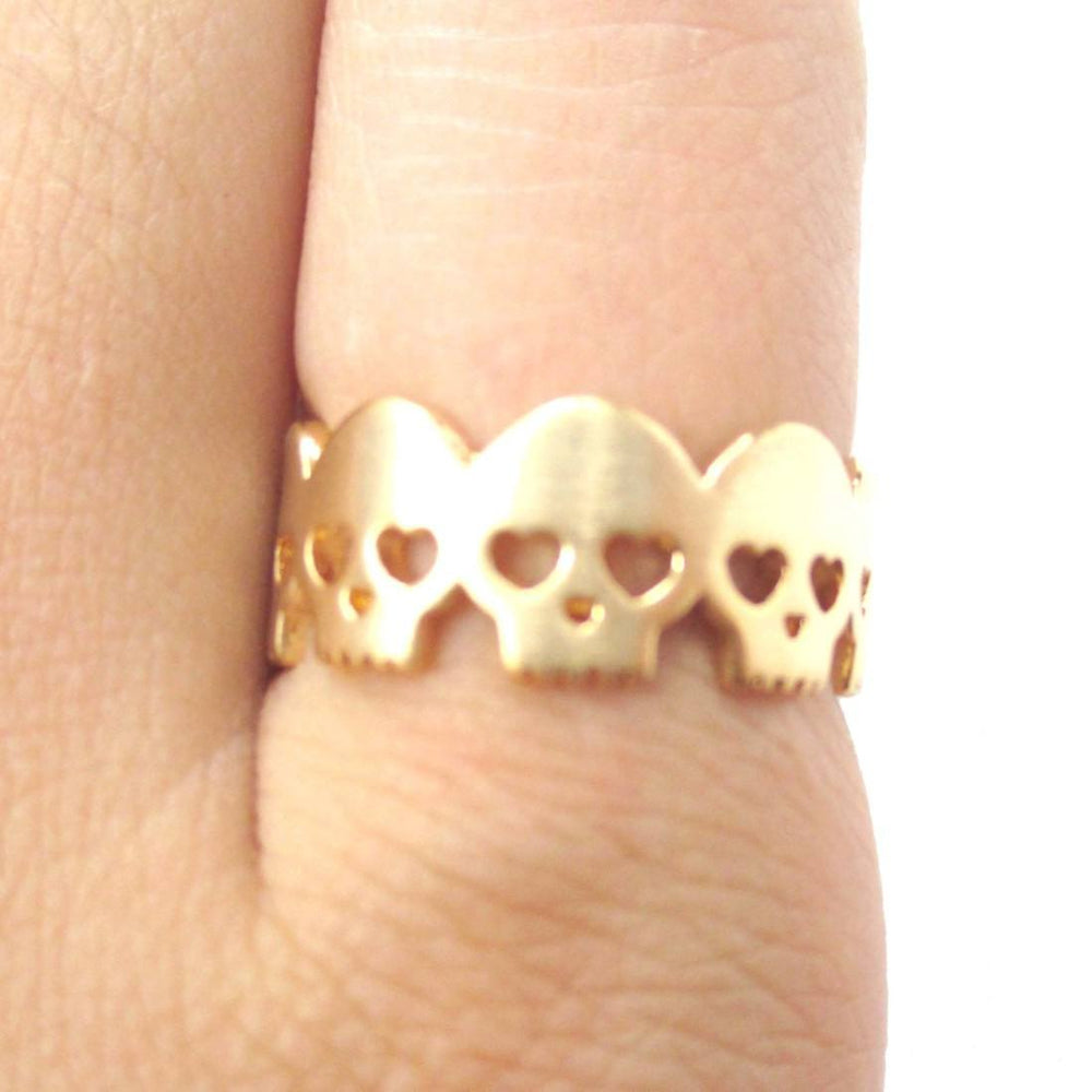 Connected Skeleton Skull with Hear Shaped Eyes Ring in Gold | DOTOLY