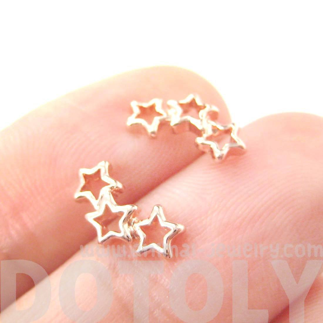 Connected Star Shaped Outline Stud Earrings in Rose Gold | DOTOLY