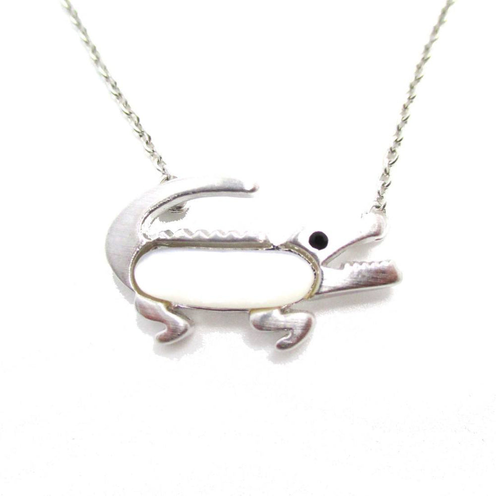 crocodile-alligator-shaped-pearl-pendant-necklace-in-silver-dotoly