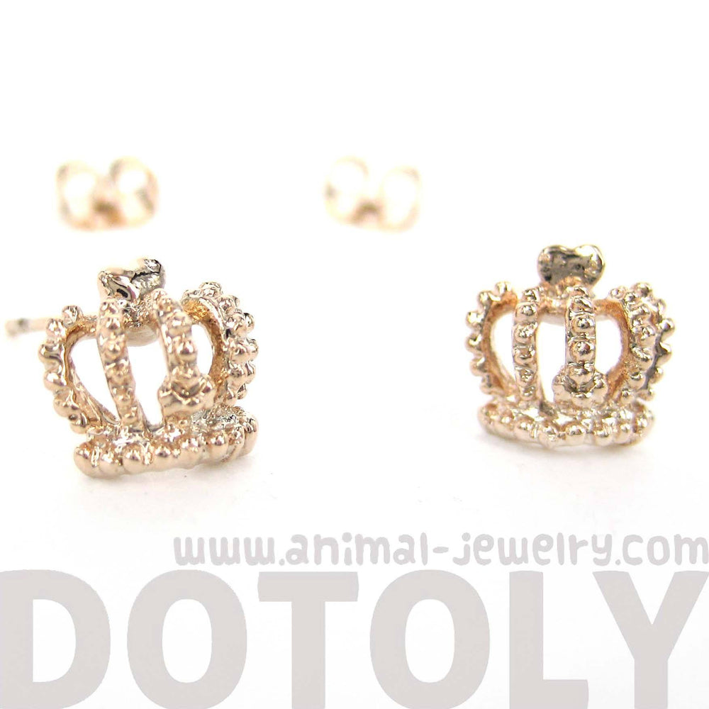crown-shaped-princess-royalty-themed-stud-earrings-in-rose-gold
