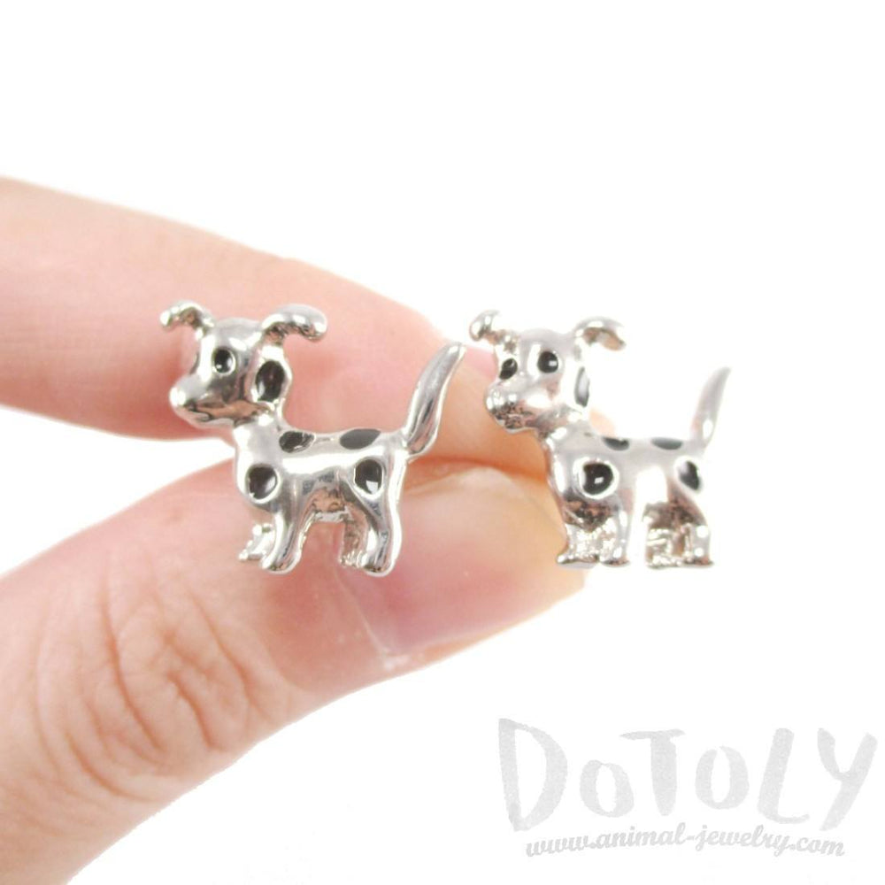 dalmatian-puppy-dog-animal-shaped-stud-earrings-in-silver