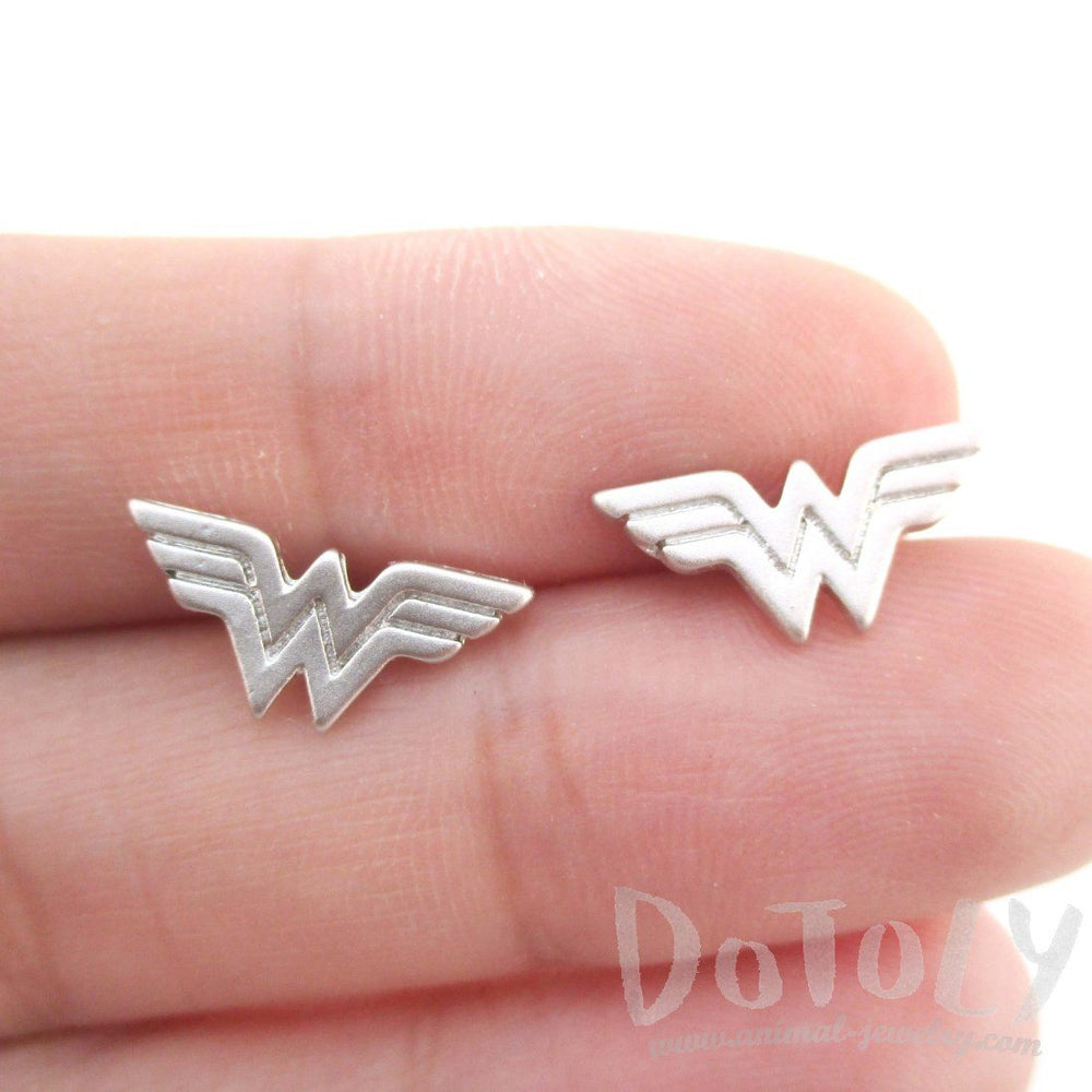 DC Wonder Woman Logo Shaped Stud Earrings in Silver