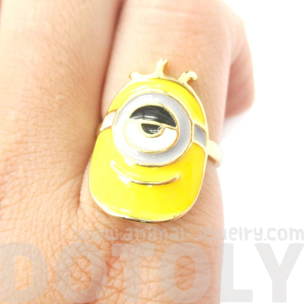 Despicable Me Stuart The One Eyed Minion Ring in Gold