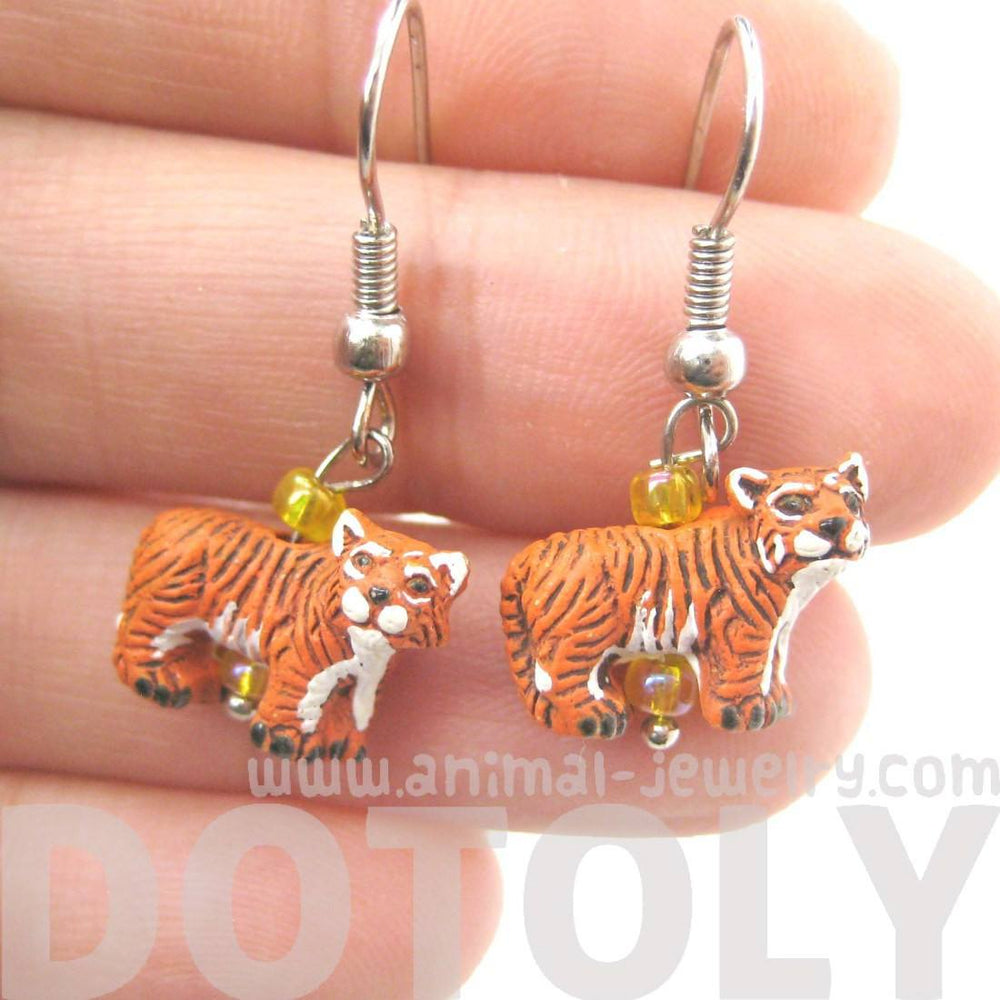 Detailed Bengal Tiger Shaped Porcelain Ceramic Animal Dangle Earrings