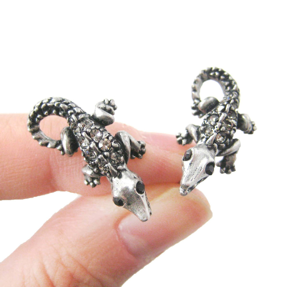 detailed-crocodile-alligator-lizard-shaped-stud-earrings-in-silver-with-rhinestones