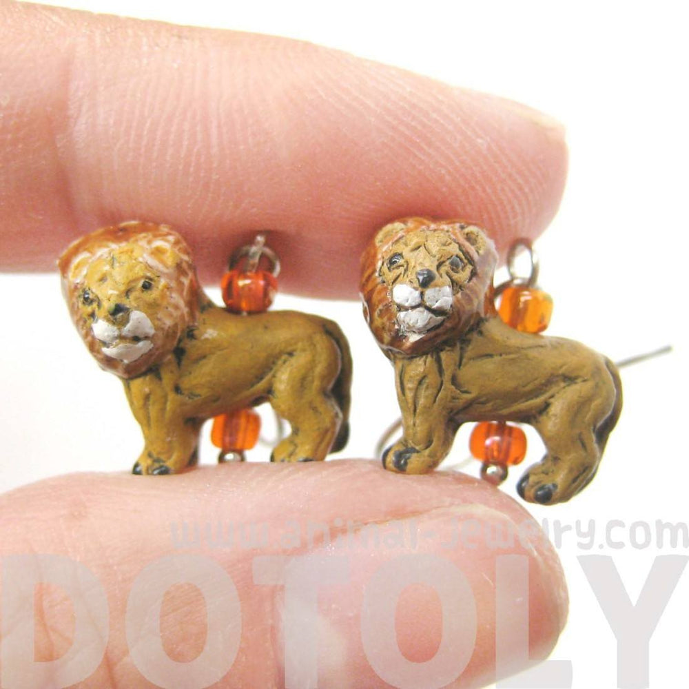 Detailed Lion Shaped Porcelain Ceramic Animal Dangle Earrings | DOTOLY
