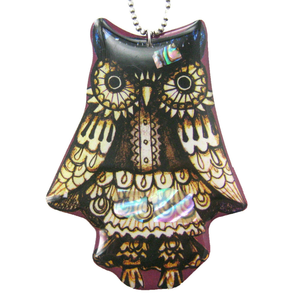 Detailed Owl Bird Shaped Illustrated Resin Pendant Necklace | DOTOLY