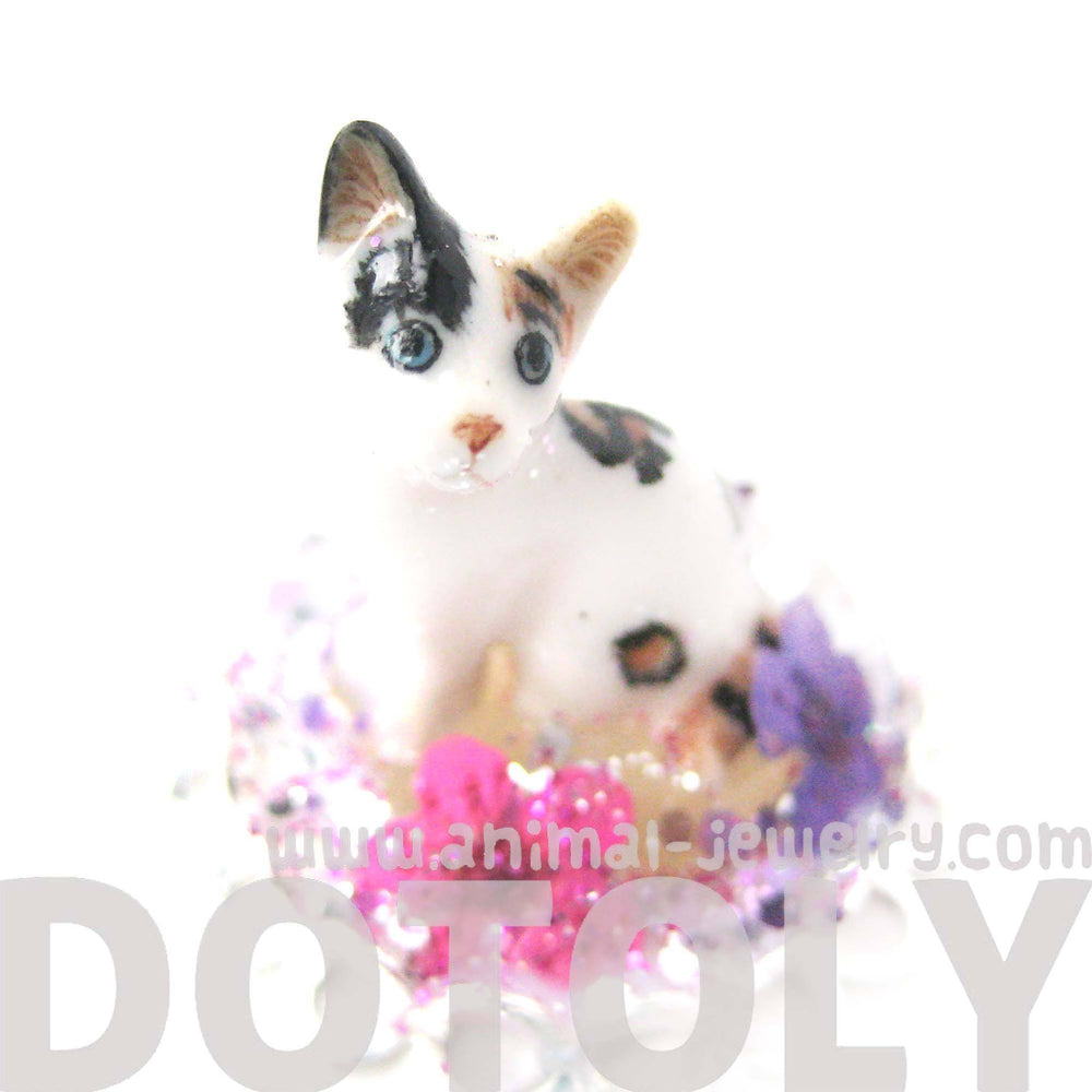 Detailed Porcelain Kitty Cat Glass Snow Globe Bubble Adjustable Ring
