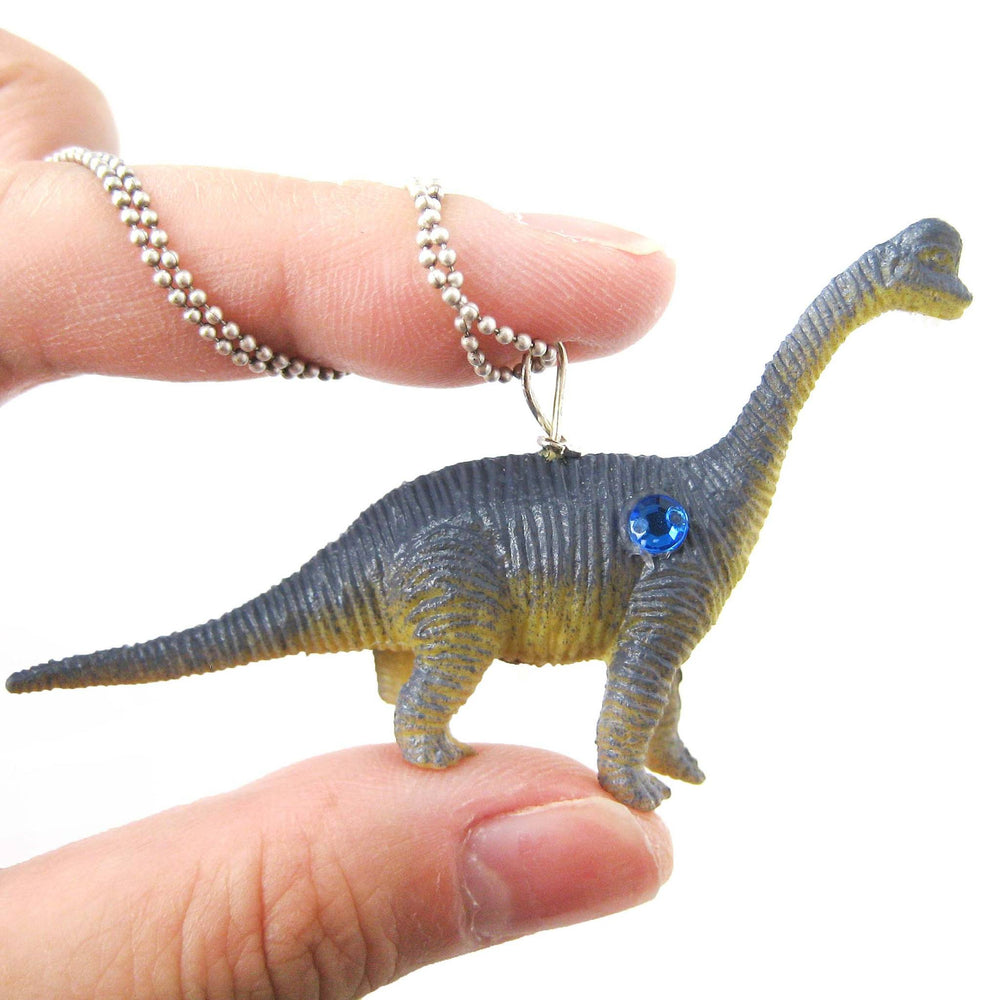 diplodocus-brontosaurus-long-neck-dinosaur-pendant-necklace-in-blue-animal-jewelry