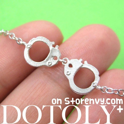 detailed-handcuff-cuff-bracelet-in-silver