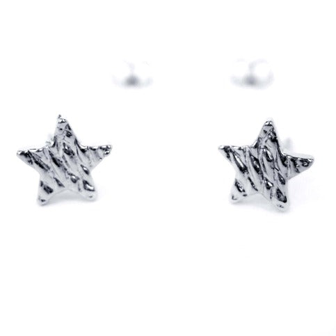 small-textured-hammered-star-shaped-night-sky-stud-earrings-in-silver
