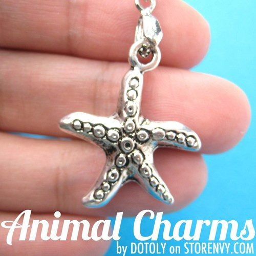 starfish-star-shaped-sea-animal-charm-necklace-in-silver