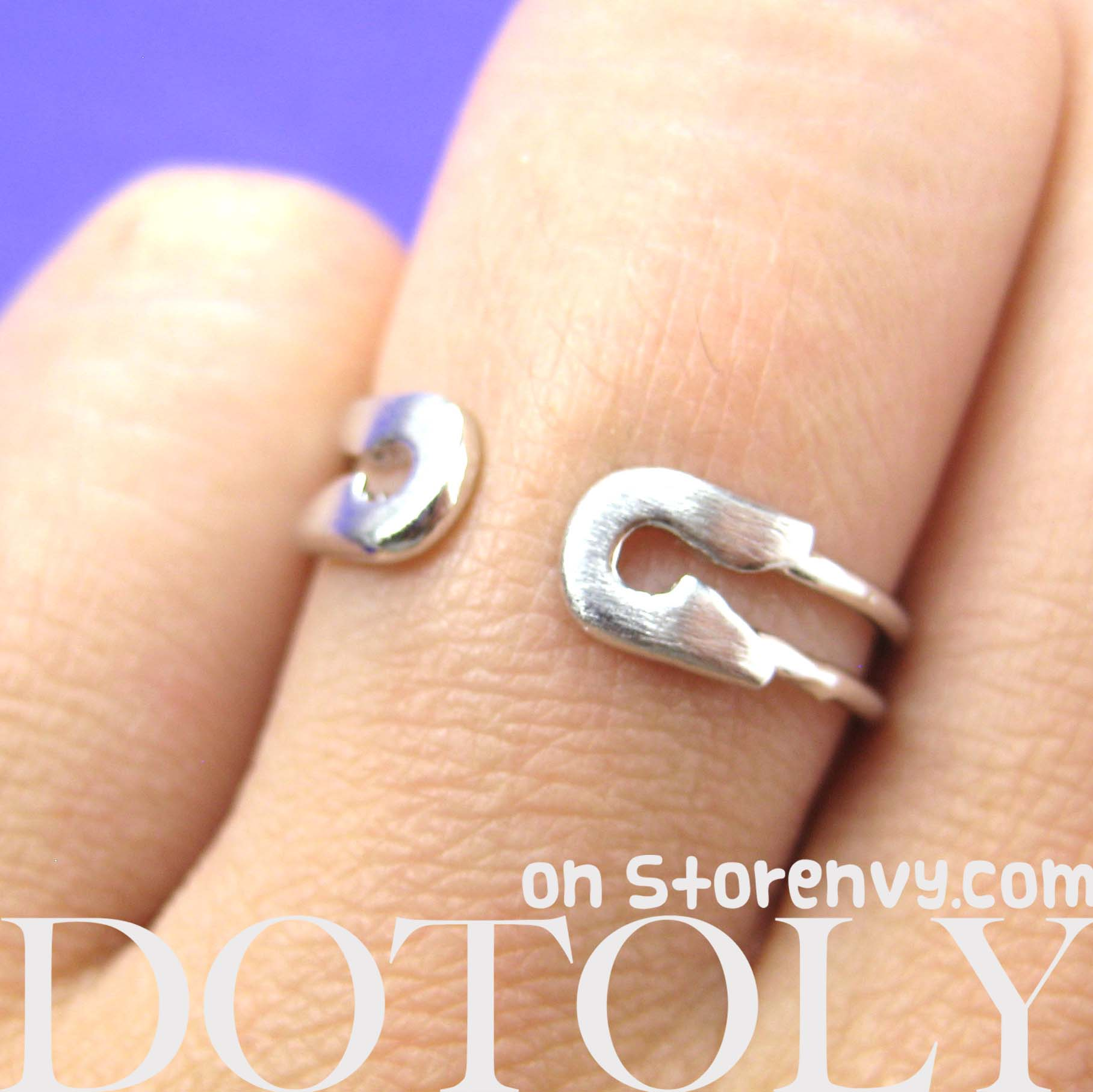 adjustable-safety-pin-wrap-ring-in-silver
