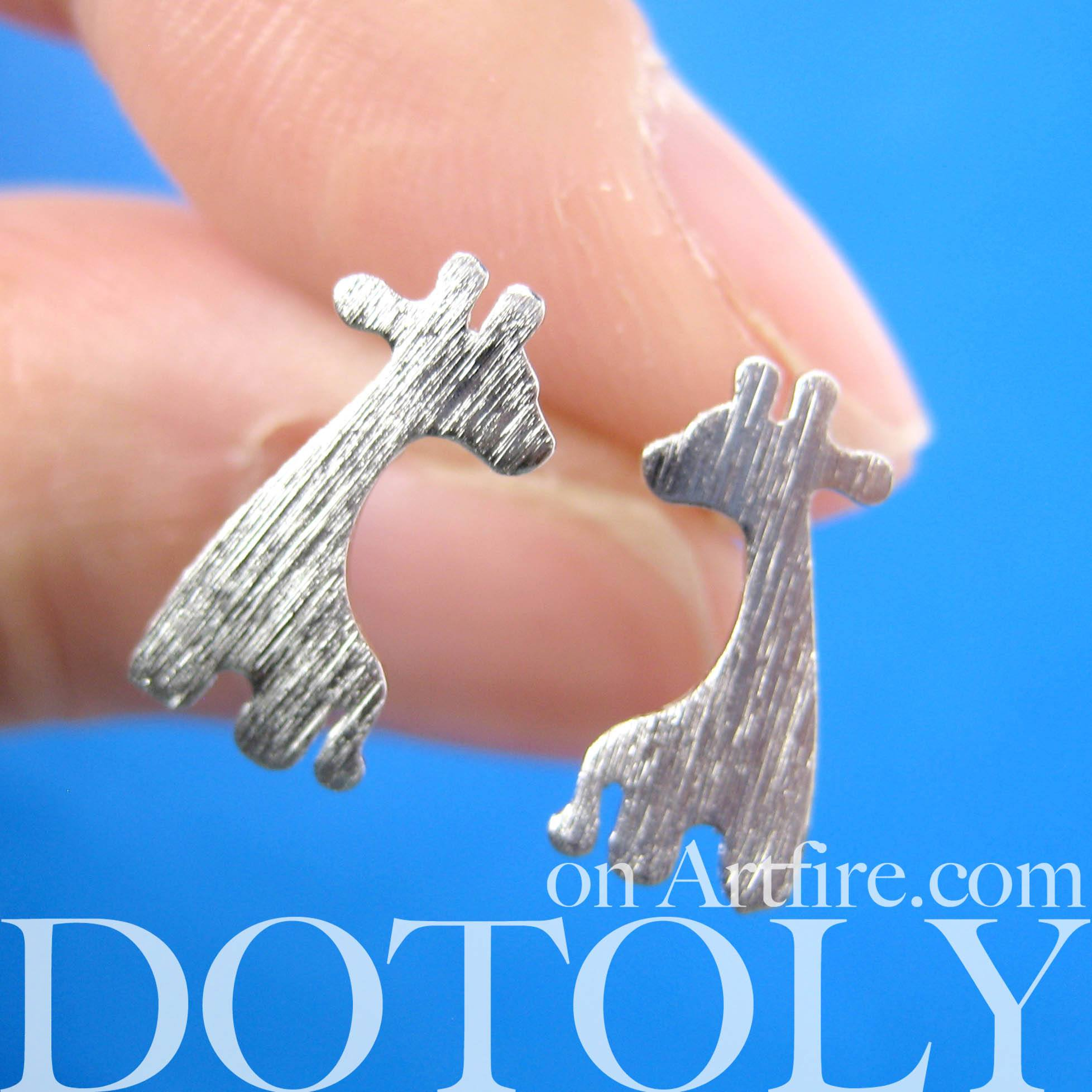 giraffe-shape-silhouette-animal-stud-earrings-in-silver