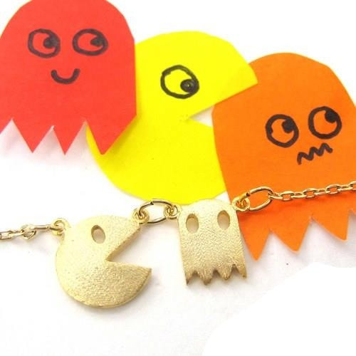 namco-pac-man-arcade-ghost-allergy-free-necklace-in-light-gold