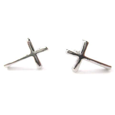 small-simple-cross-shaped-stud-earrings-in-silver