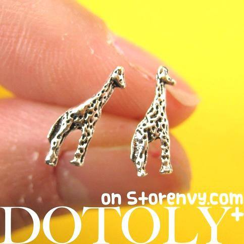 tiny-giraffe-animal-stud-earrings-in-sterling-silver