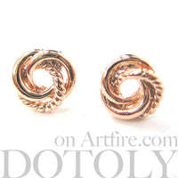 small-three-connected-round-rope-link-knot-stud-earrings-in-rose-gold