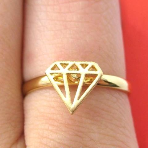 adjustable-diamond-cut-out-ring-in-gold
