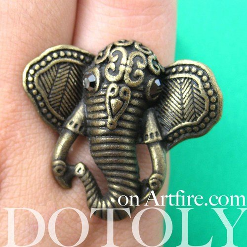 adjustable-elephant-animal-ring-in-bronze-with-patterned-detail
