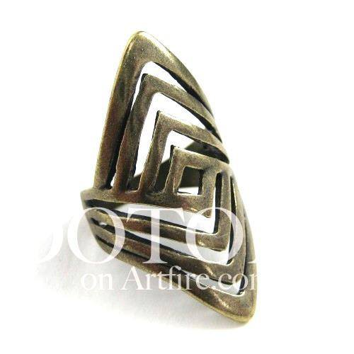 geometric-cut-out-spoon-ring-available-in-sizes-5-to-7