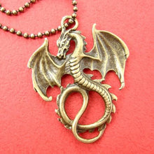 detailed-dragon-animal-charm-pendant-necklace-in-bronze
