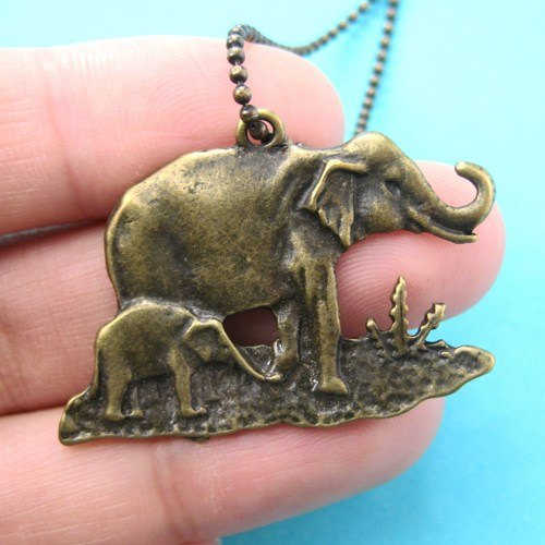 elephant-mom-and-baby-animal-charm-necklace-in-bronze