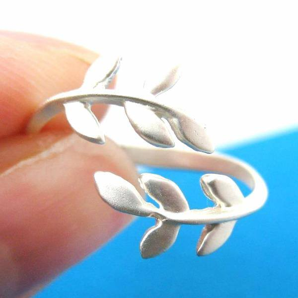 Beautiful Floral Leaves Wrap Around Adjustable Ring in Silver | DOTOLY | DOTOLY