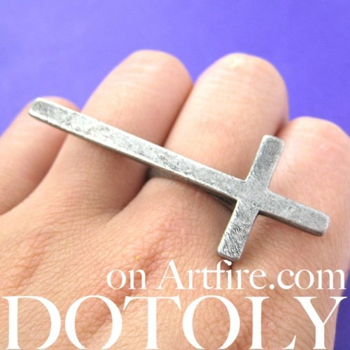large-adjustable-cross-shaped-ring-in-silver