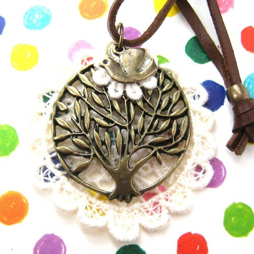 floral-tree-round-lace-pendant-necklace-with-adjustable-strap