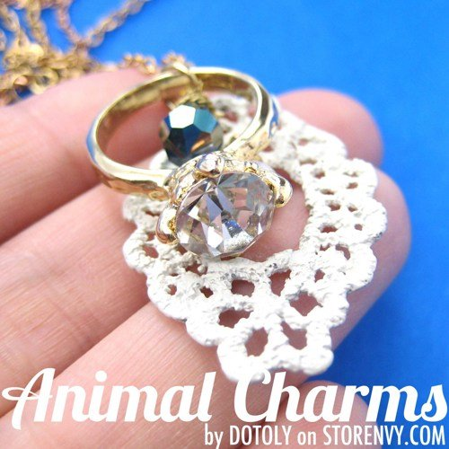 elegant-lace-diamond-ring-charm-gemstone-necklace-in-gold