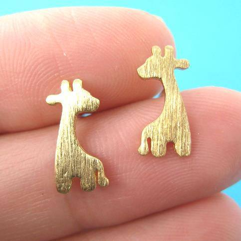giraffe-shape-animal-stud-earrings-in-gold-with-allergy-free-earring-posts