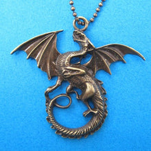 detailed-dragon-animal-charm-necklace-in-bronze