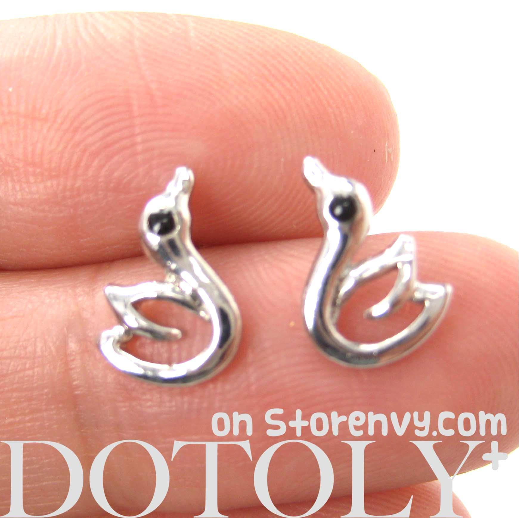 small-swan-bird-outline-animal-stud-earrings-in-silver
