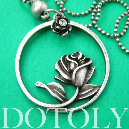 beauty-and-the-beast-inspired-simple-rose-round-necklace-silver