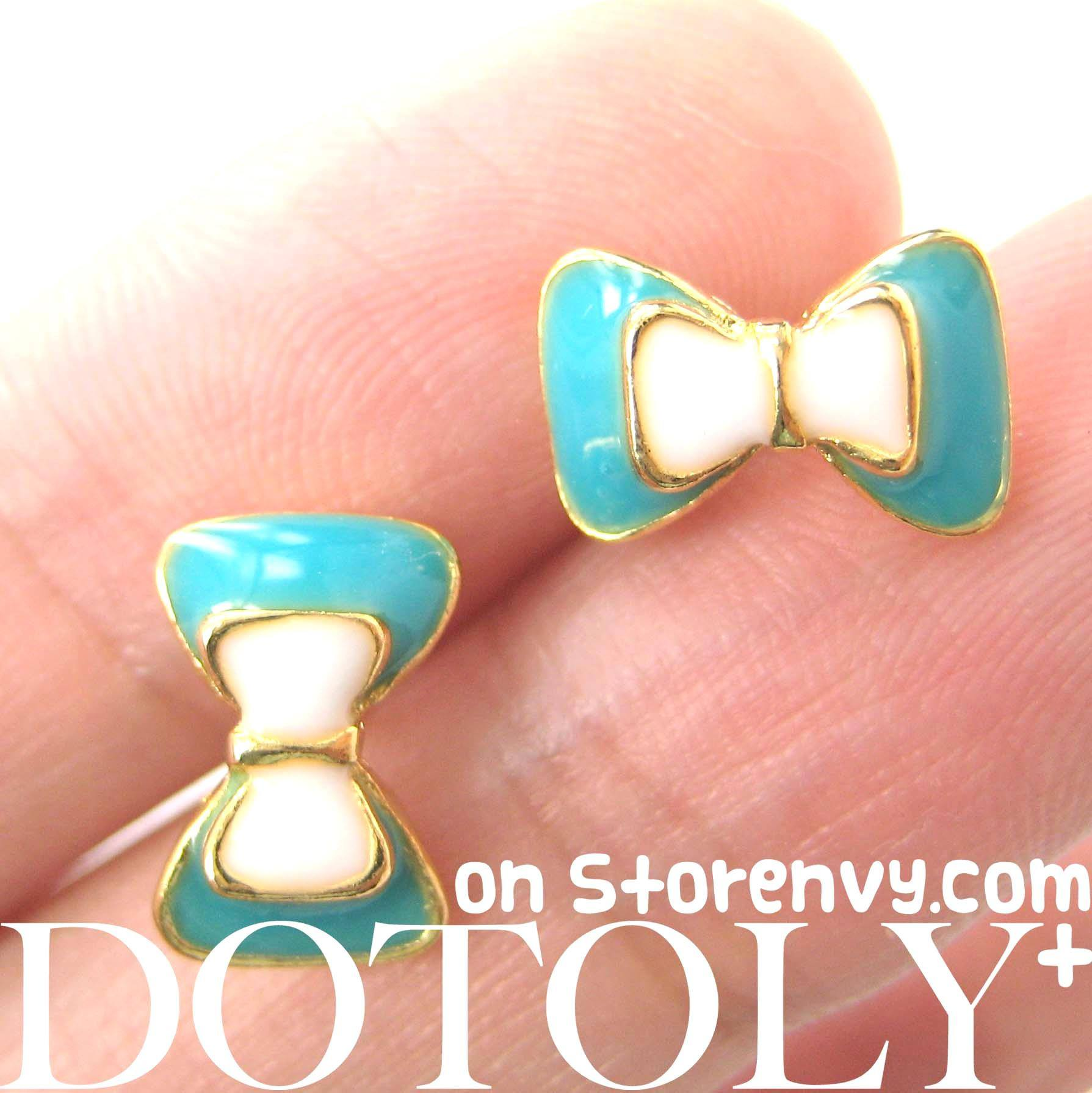 small-bow-tie-ribbon-stud-earrings-in-turquoise-white-and-gold