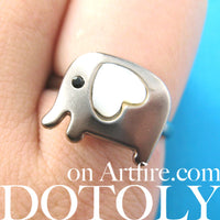 adjustable-elephant-ring-in-dark-silver-with-pearl-heart-shaped-ears