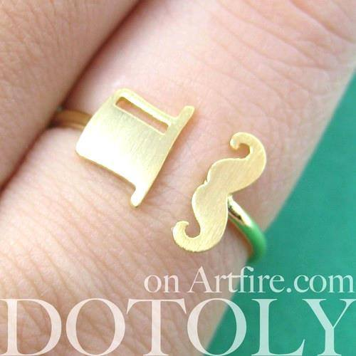 adjustable-simple-mustache-and-top-hat-ring-in-gold